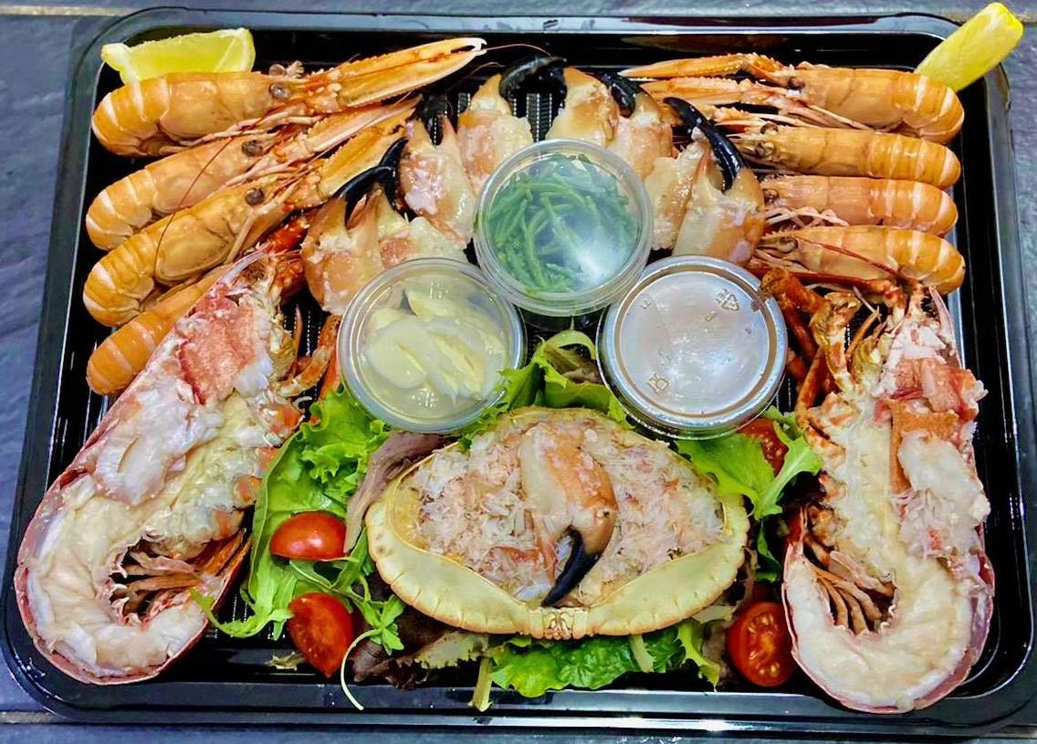 Shellfish platter for four